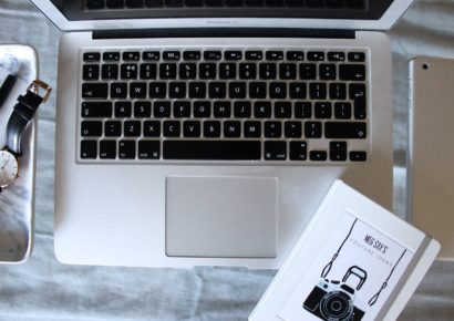Persuading Bloggers to Fall in Love With You