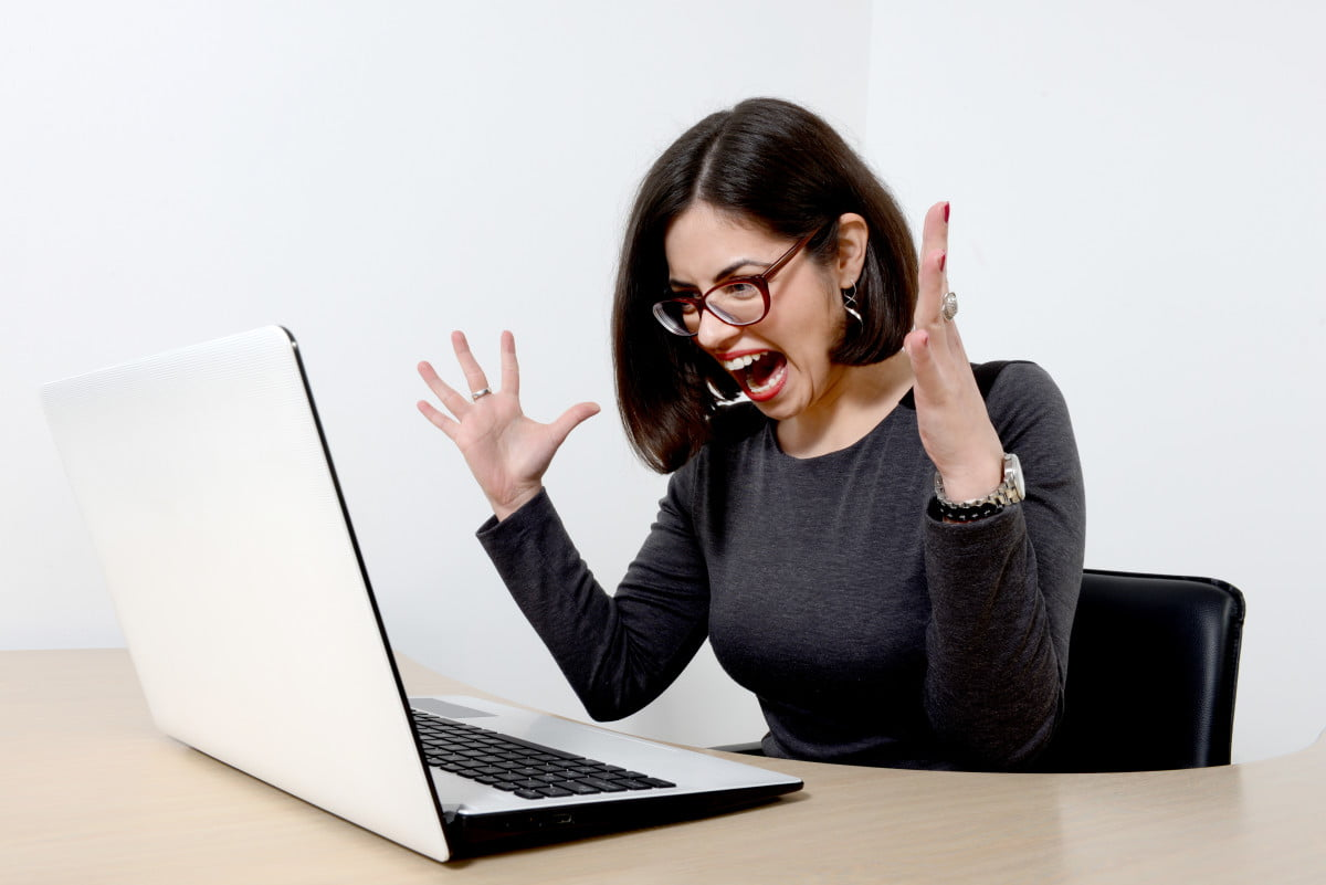 stressed-woman-at-computer-e1442436508209-1.jpg (1200×801)