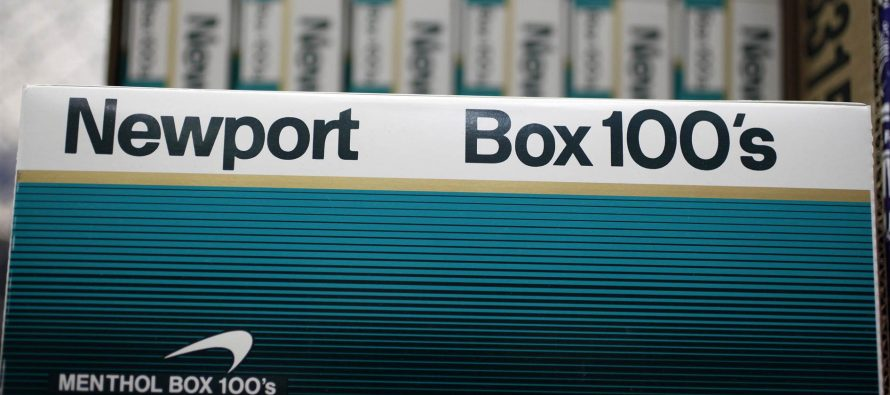 Black doctors call on Obama to ban sale of menthol products