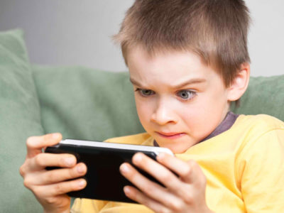 How long should children be allowed to play video Games?