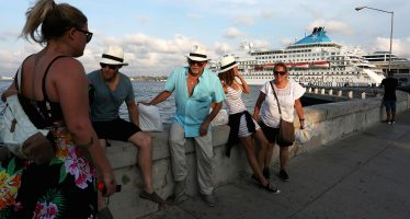 U.S. Cuba tour operators brace for Donald Trump tour crackdown