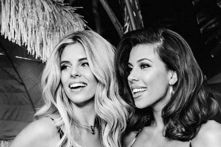 Body-Positive Blogger Carmen Rene Beautifully Recreates Kim Kardashian's Nude KKW Body Ads